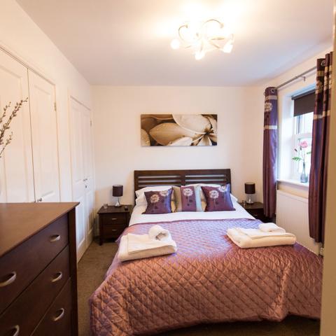 Meadowside House Smart Master bedroom (with en-suite)